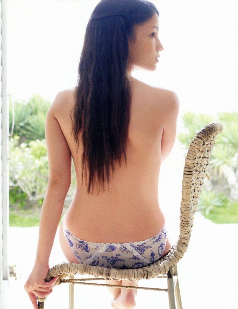 黒木メイサ(29)ヌード寸前写真集&アイコラエロ画像95枚・3枚目の画像