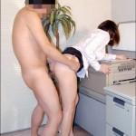 社内がギクシャクしてる会社はこういう淫乱OLさんが多い件wwwwwww(画像あり)