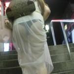 そこのお嬢さん、下着が丸見えですよエロ画像wwwww