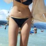 【水着姿】夏場は海水浴場で無料でオナネタ探しできるし最高だよなwwwwww(盗撮画像あり)
