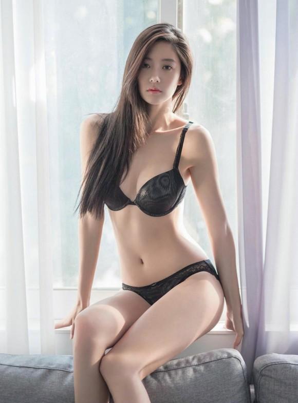 【驚愕】韓国下着モデル…これ完全にエロ本だわwwwwwwwww(画像あり)・6枚目の画像