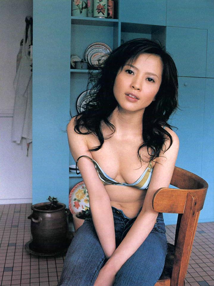 【三浦理恵子アイコラヌード】おっぱい丸見え!こんなエロくて美人なBBAならマジ抱きたいよなwwwww女優・芸能人お宝画像★・41枚目の画像