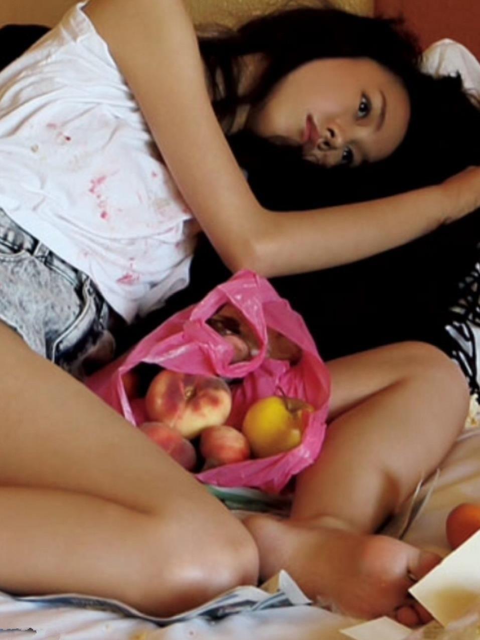 【桐谷美玲ヌード】全裸だよね?細身好きにはたまんないスレンダーボディーの桐谷美玲のグラビア&芸能人お宝画像★・46枚目の画像