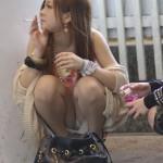 【一服中】 ちょwwタバコ吸ってる最中の素人女って股とかおっぱい無防備すぎwwwww【画像30枚】