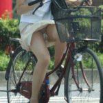 【悲報】ワイ、自転車パンチラ素人娘のせいで自動車事故起こすwwwwwwww(画像あり)