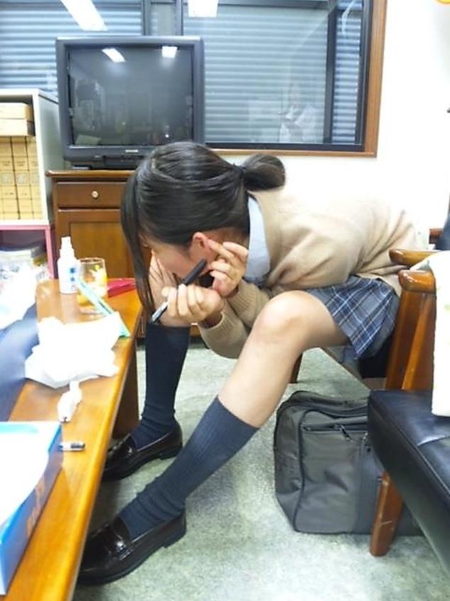 【インスタ】悪ふざけJKがエロすぎて今学生なら確実に教室でシコってると思うんだがwwwww(画像あり)・5枚目の画像
