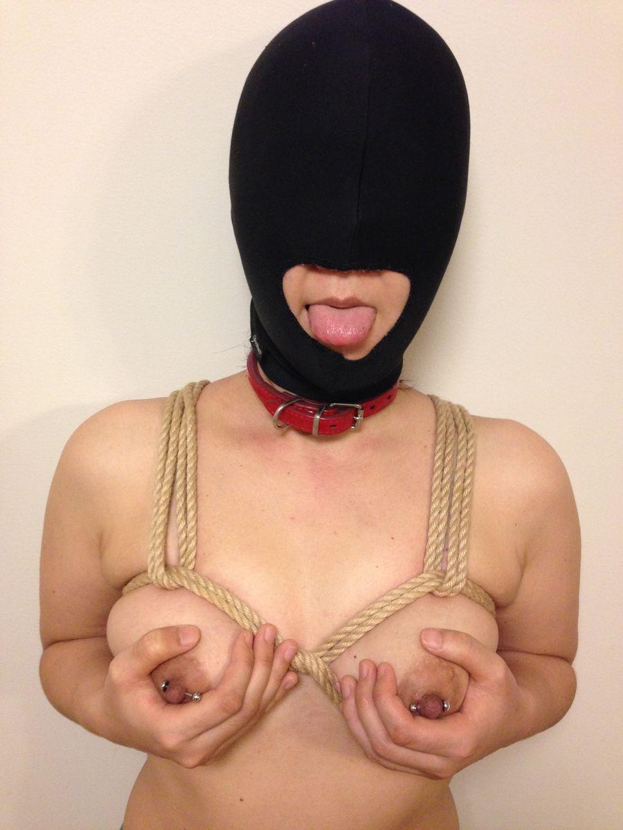 「身体はエロいが顔はブス」覆面マスク被せてSEXするエロ画像30枚・11枚目の画像