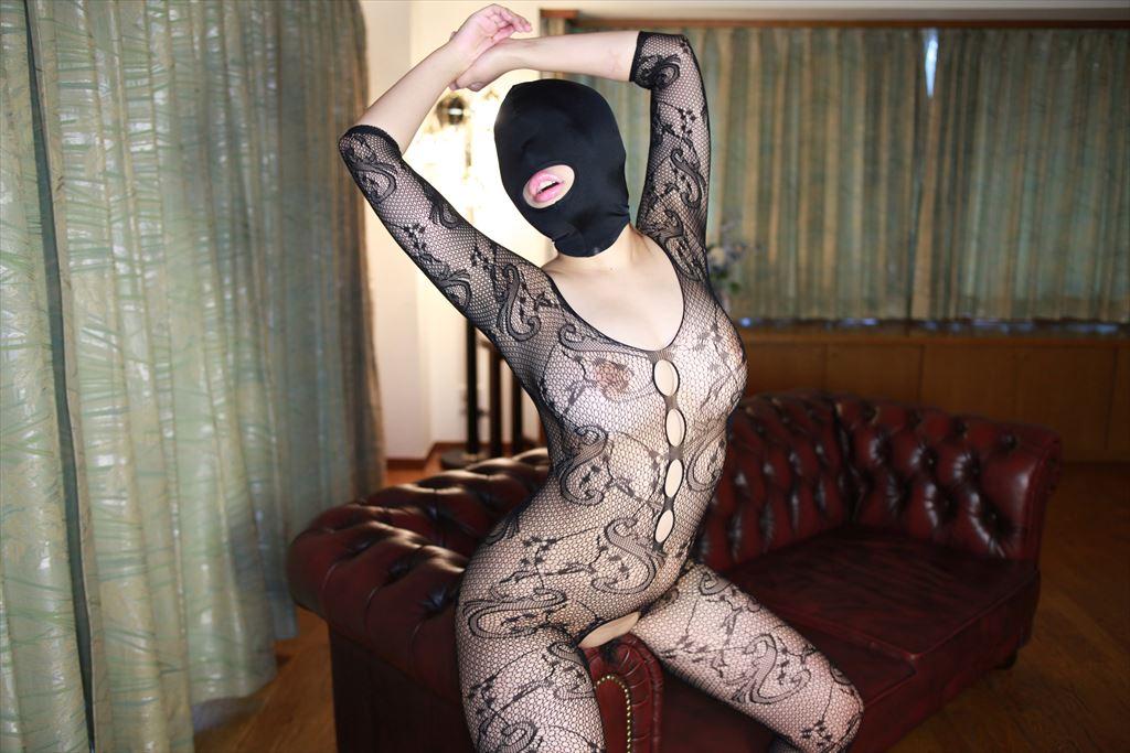 「身体はエロいが顔はブス」覆面マスク被せてSEXするエロ画像30枚・23枚目の画像