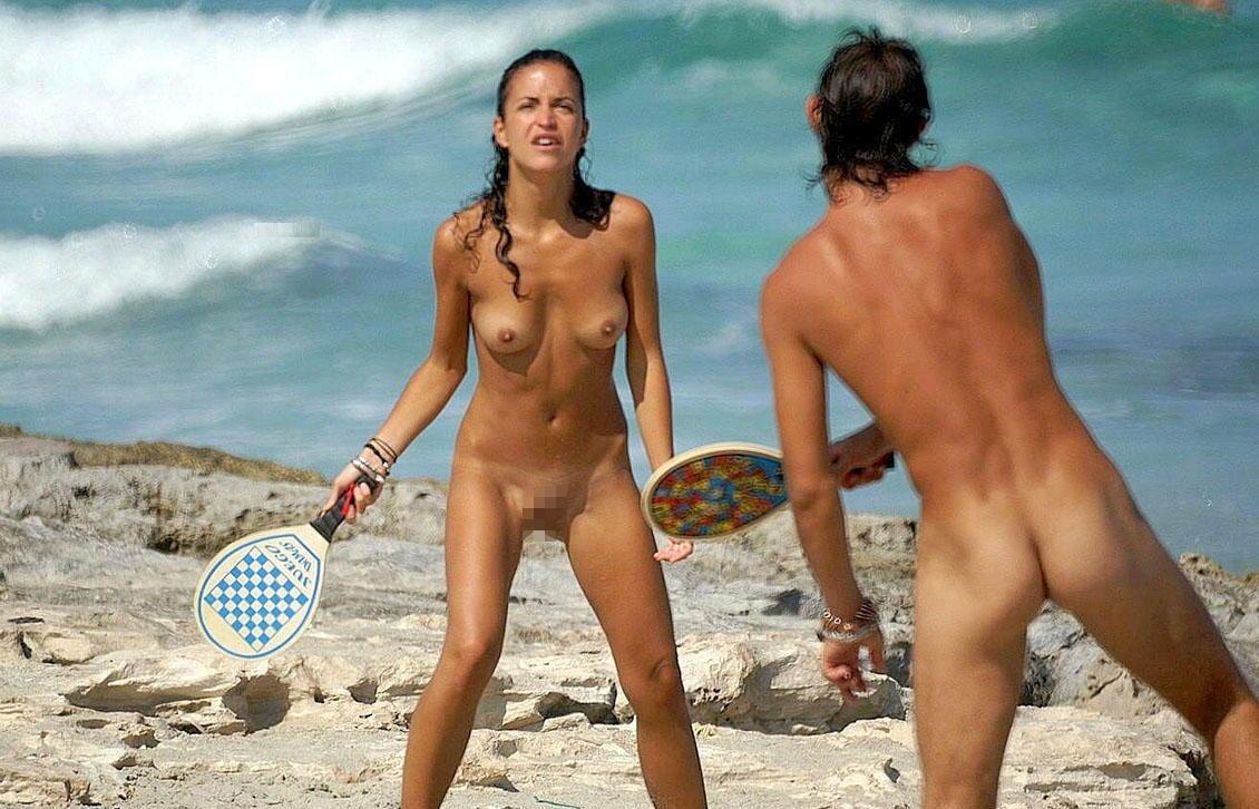 全裸ヌードでスポーツを楽しむ外国人の異文化エロ画像22枚・7枚目の画像