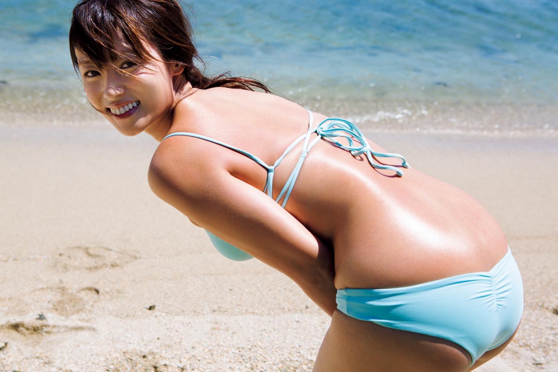 次節ヌード期待!深田恭子のデカ尻のワレメが完全に見えてる写真集がぐうしこwwwwww(グラビア画像あり)・14枚目の画像