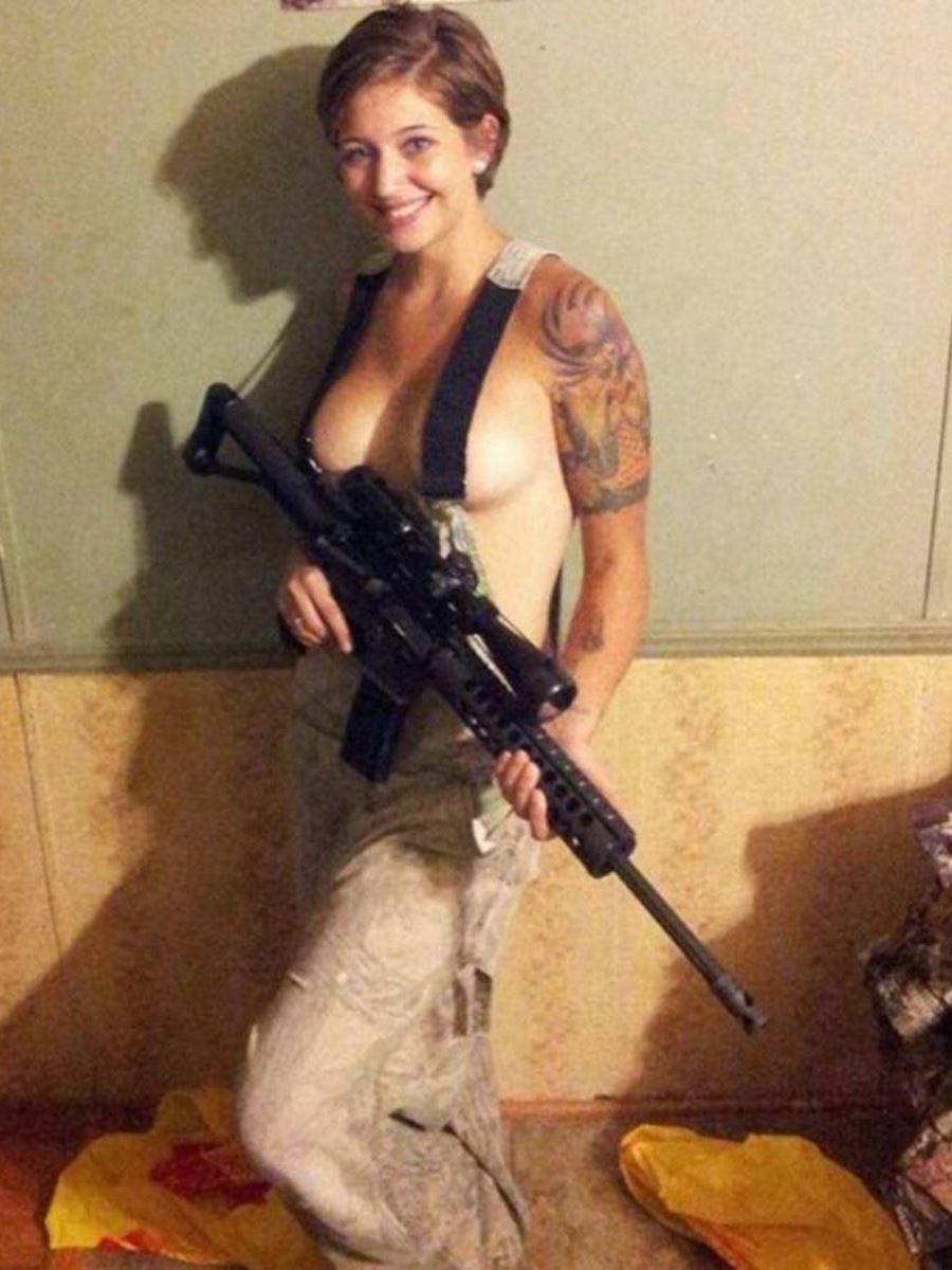 女性軍人ヌードが強そうだが抜けるエロ画像50枚・14枚目の画像