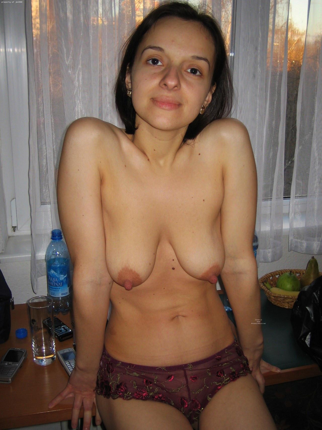 外国人人妻の巨乳垂れ乳おっぱいエロ画像31枚・18枚目の画像