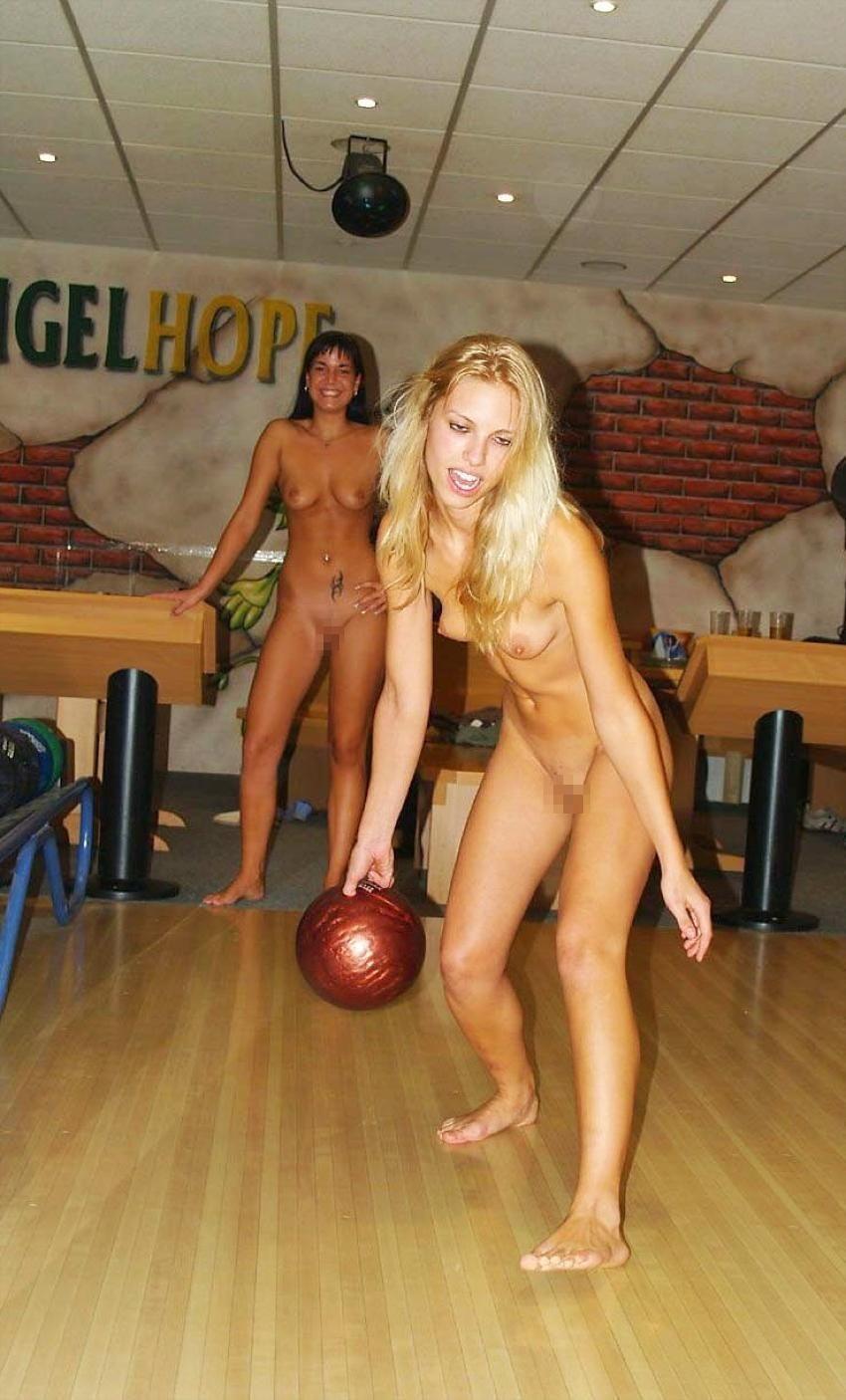 全裸ヌードでスポーツを楽しむ外国人の異文化エロ画像22枚・20枚目の画像
