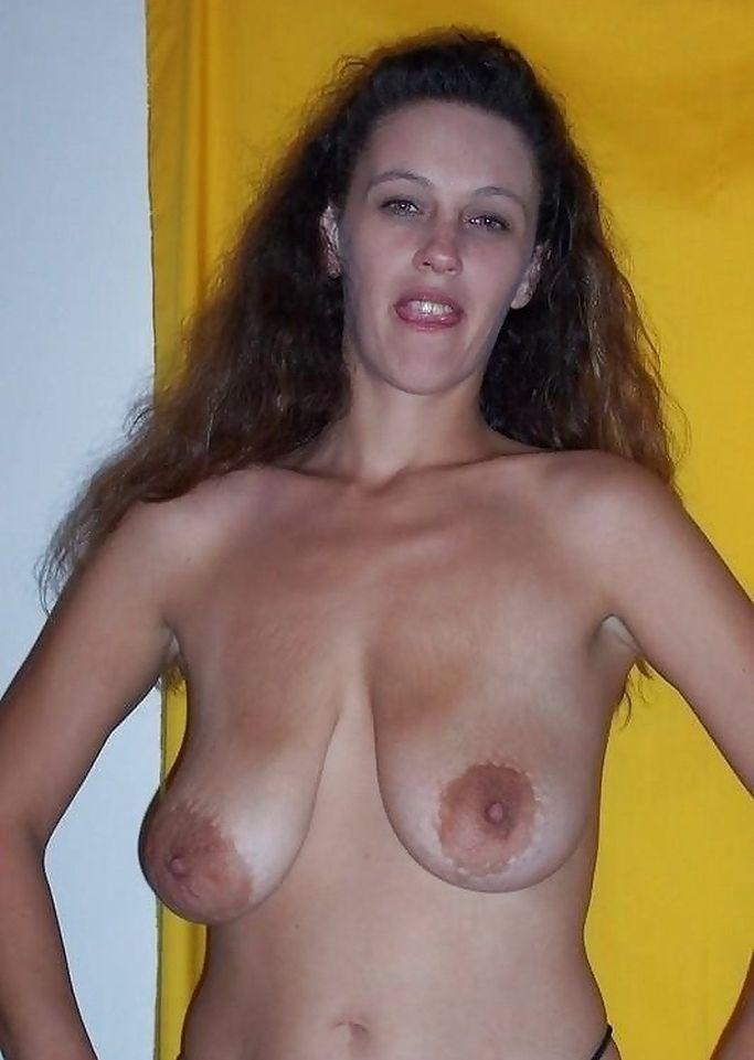 外国人人妻の巨乳垂れ乳おっぱいエロ画像31枚・22枚目の画像
