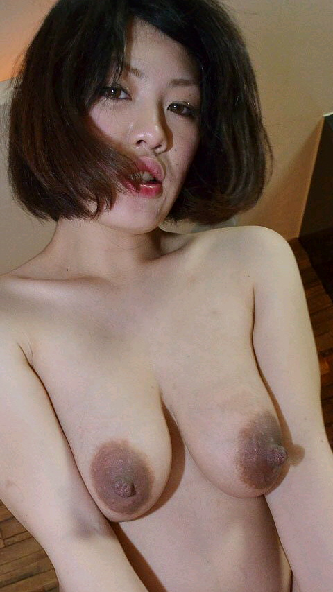 巨乳熟女の母性感じるヌードエロ画像28枚・27枚目の画像