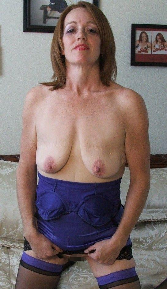 外国人人妻の巨乳垂れ乳おっぱいエロ画像31枚・28枚目の画像