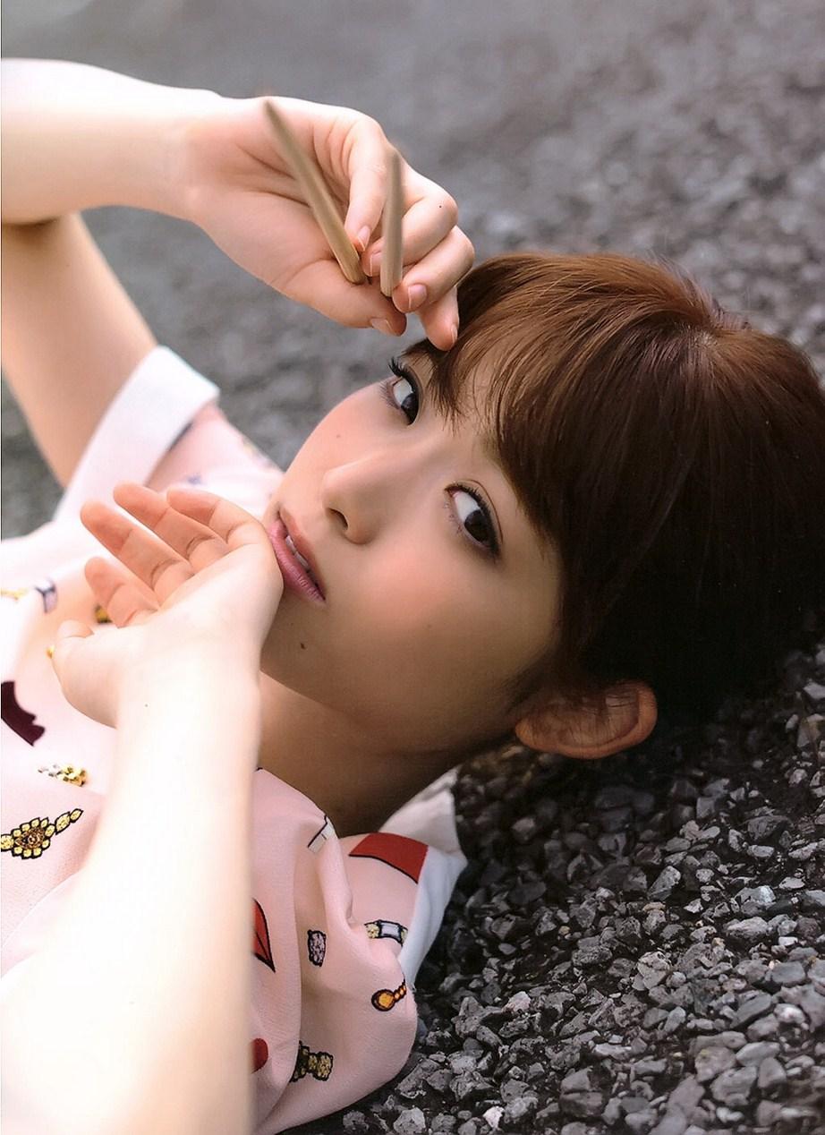 乃木坂46松村沙友理の写真集水着姿のエロ画像100枚・35枚目の画像
