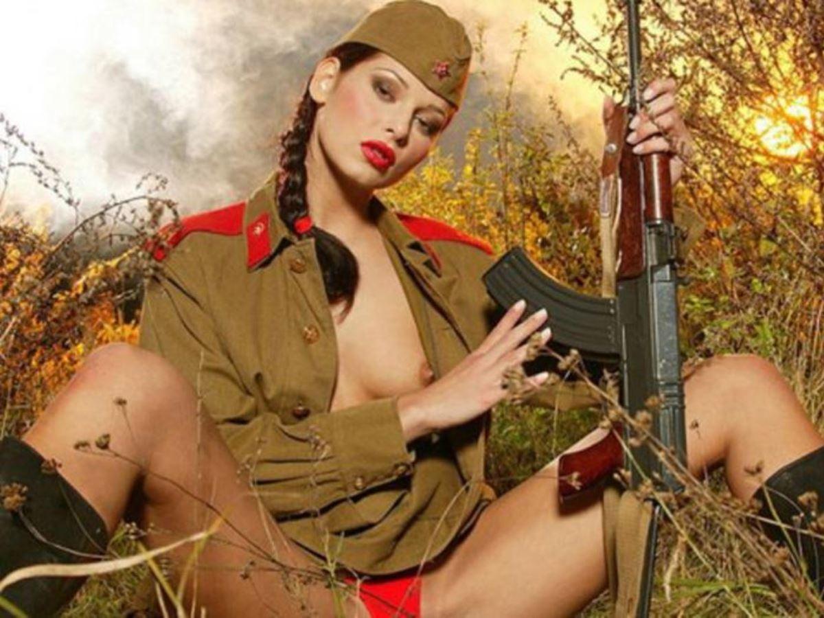 女性軍人ヌードが強そうだが抜けるエロ画像50枚・37枚目の画像