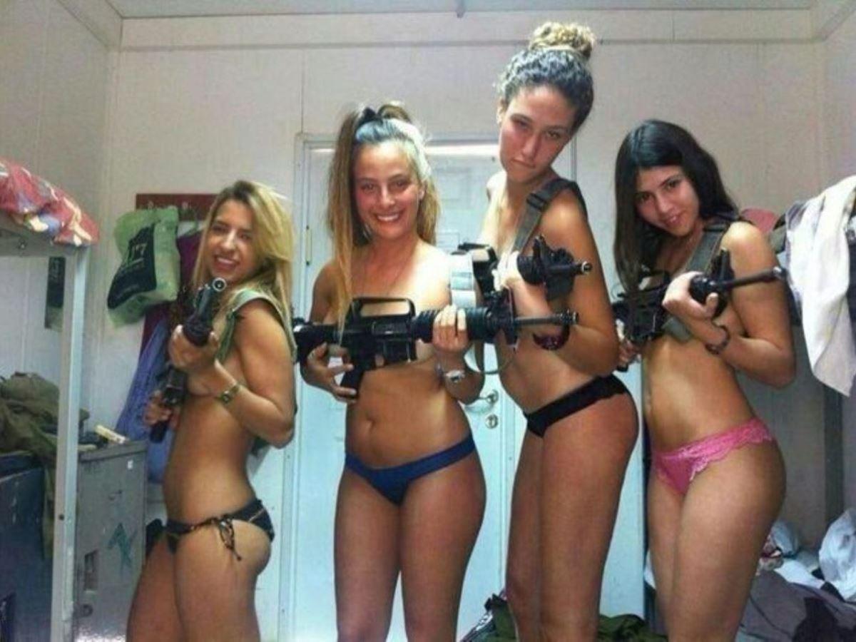 女性軍人ヌードが強そうだが抜けるエロ画像50枚・39枚目の画像