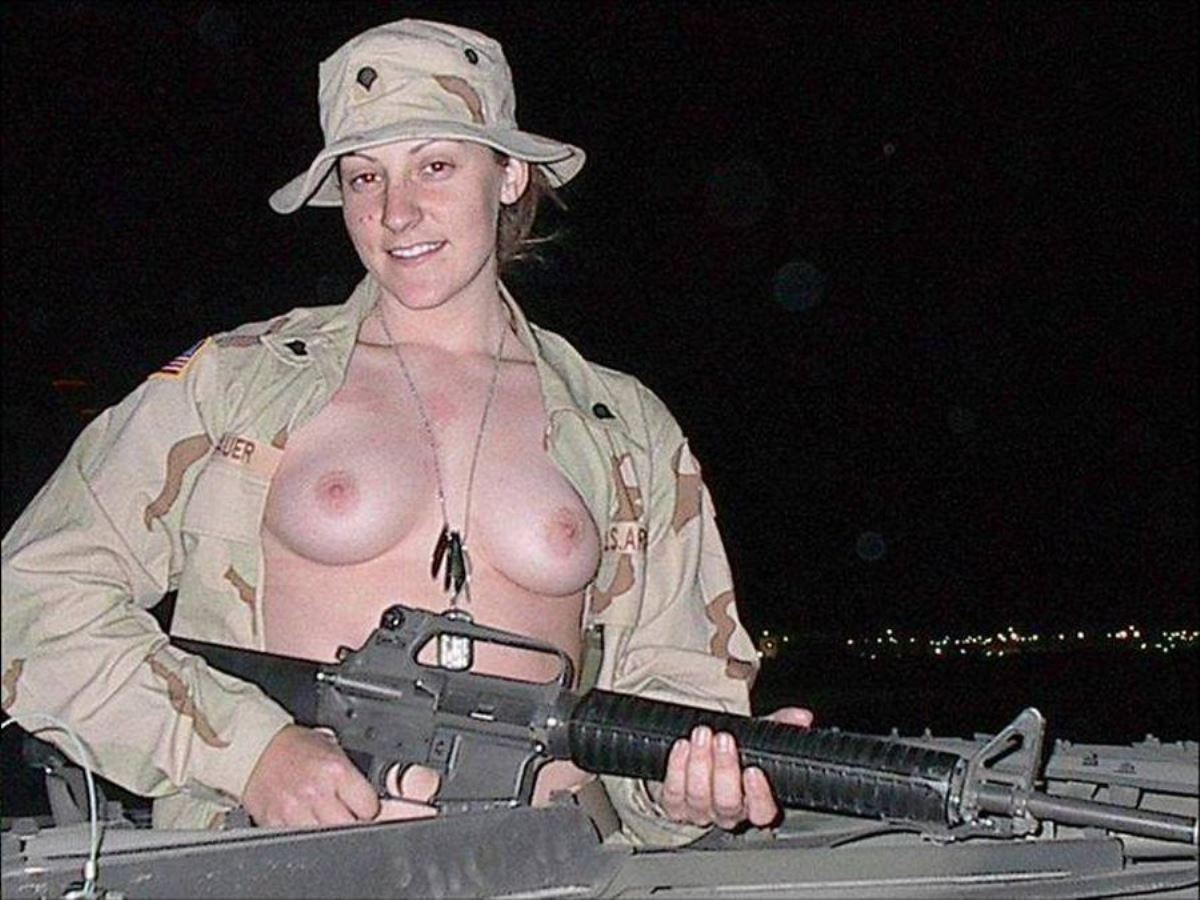 女性軍人ヌードが強そうだが抜けるエロ画像50枚・45枚目の画像
