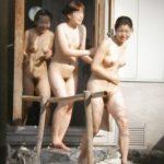 ワイ、同級生女子の銭湯裸(盗撮)を仕入れ神扱いされるwwwwwww(画像あり)