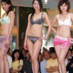 中国人美女の下着モデルのファッションショー…マン毛透けてるのは気のせいだろうか?wwwww(画像あり)