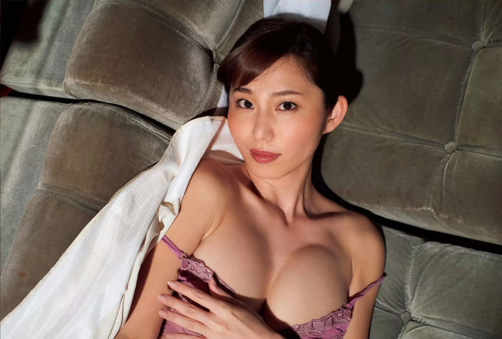 塩地美澄アナ(35)のヌード寸前!大胆グラビアエロ画像120枚・6枚目の画像