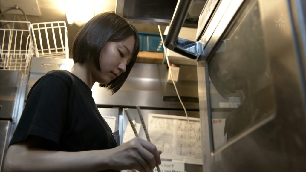 吉岡里帆のドラマ乳首見えハプニング等抜けるエロ画像200枚・12枚目の画像