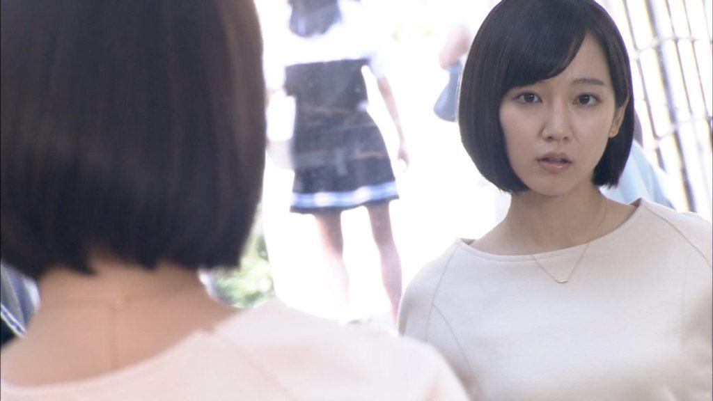 吉岡里帆のドラマ乳首見えハプニング等抜けるエロ画像200枚・51枚目の画像
