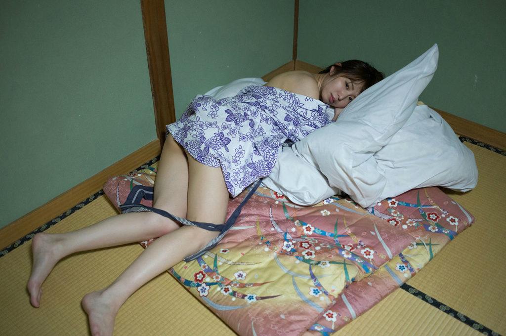 塩地美澄アナ(35)のヌード寸前!大胆グラビアエロ画像120枚・56枚目の画像
