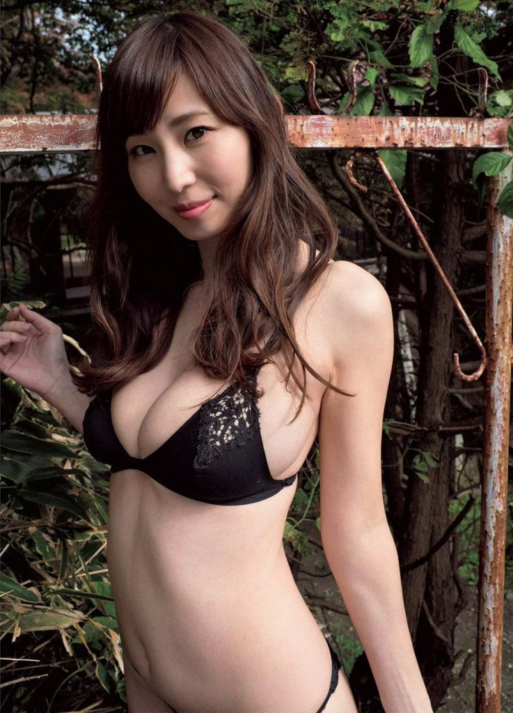 塩地美澄アナ(35)のヌード寸前!大胆グラビアエロ画像120枚・82枚目の画像