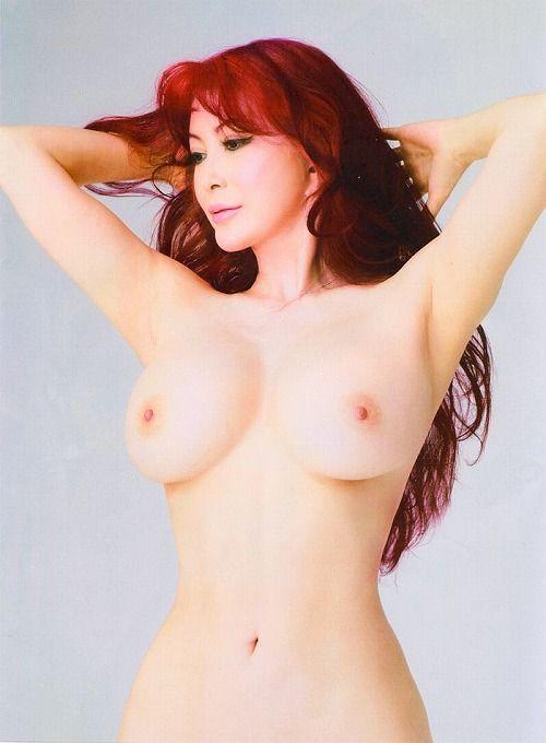 叶美香(47)全身整形サイボーグ(96-56-91)の世界のお高い娼婦のぬーどが一級品☆一発ヤりたいwwww恭子もあるぞwwww(えろ写真)