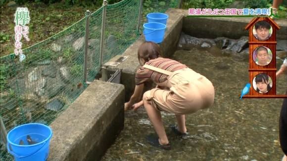 乃木坂のイモウト分「欅坂46」のお尻がえろすぎた…着衣尻好きにはたまらない10代あいどるえろキャプ写真