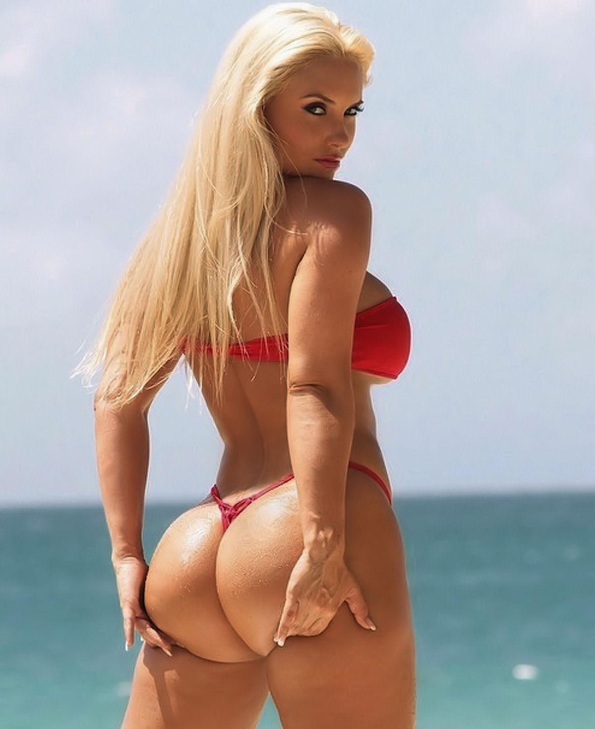 デカ尻拝めるブラジルのビーチのエロ画像29枚・9枚目の画像