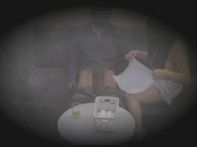 【本番あり】ピンサロ店内の盗撮エロ画像40枚・33枚目の画像