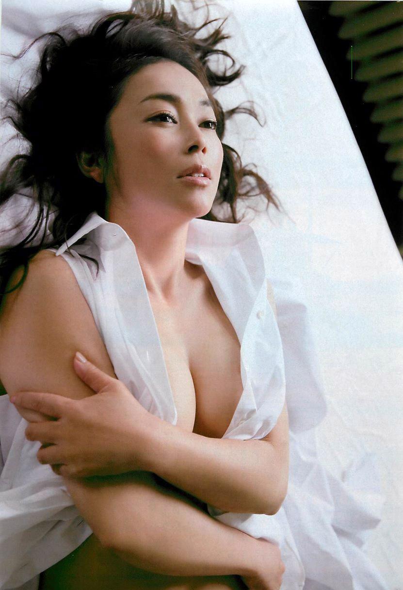 中島知子ヌードエロ画像←これ正直誰に需要あったんだろうか?wwwwwww・18枚目の画像