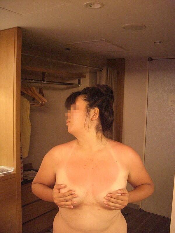 地雷デブス風俗嬢という底辺肉便器のエロ画像50枚・45枚目の画像