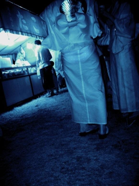 【エロ画像】赤外線カメラで秘密撮影したら下着拝み放題で勃起が止まらねええええええええ(画像あり)