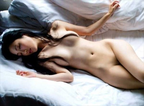 壇蜜ヌードエロ画像!最近は橋本マナミにキャラ奪われた感があるけど相変わらずエロいンゴwwwww・8枚目の画像