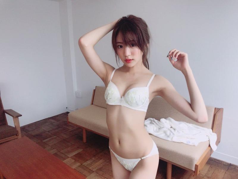 夢アド・志田友美(20)の最新水着グラビアが抜けるエロ画像82枚・10枚目の画像