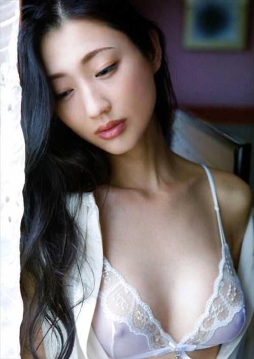 壇蜜ヌードエロ画像!最近は橋本マナミにキャラ奪われた感があるけど相変わらずエロいンゴwwwww・13枚目の画像