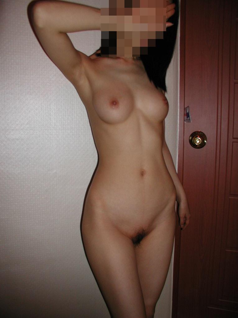 ラブホで撮られた全裸ヌードが抜ける素人リベンジポルノエロ画像22枚・13枚目の画像