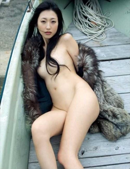 壇蜜ヌードエロ画像!最近は橋本マナミにキャラ奪われた感があるけど相変わらずエロいンゴwwwww・14枚目の画像