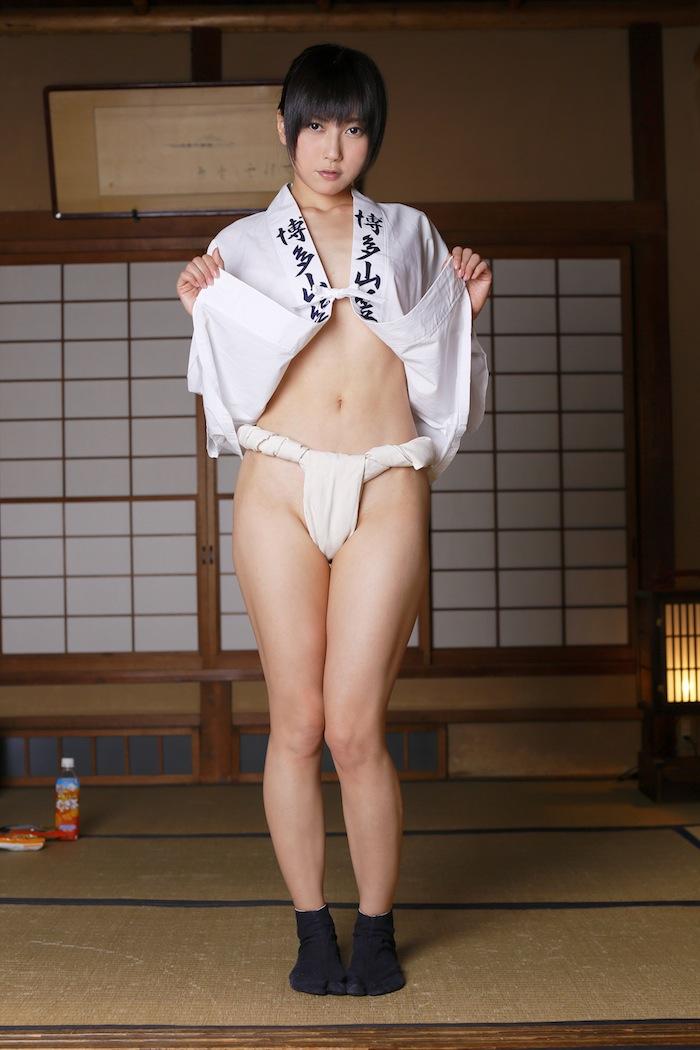 ふんどしヌードの日本人女性のエロ画像26枚・16枚目の画像