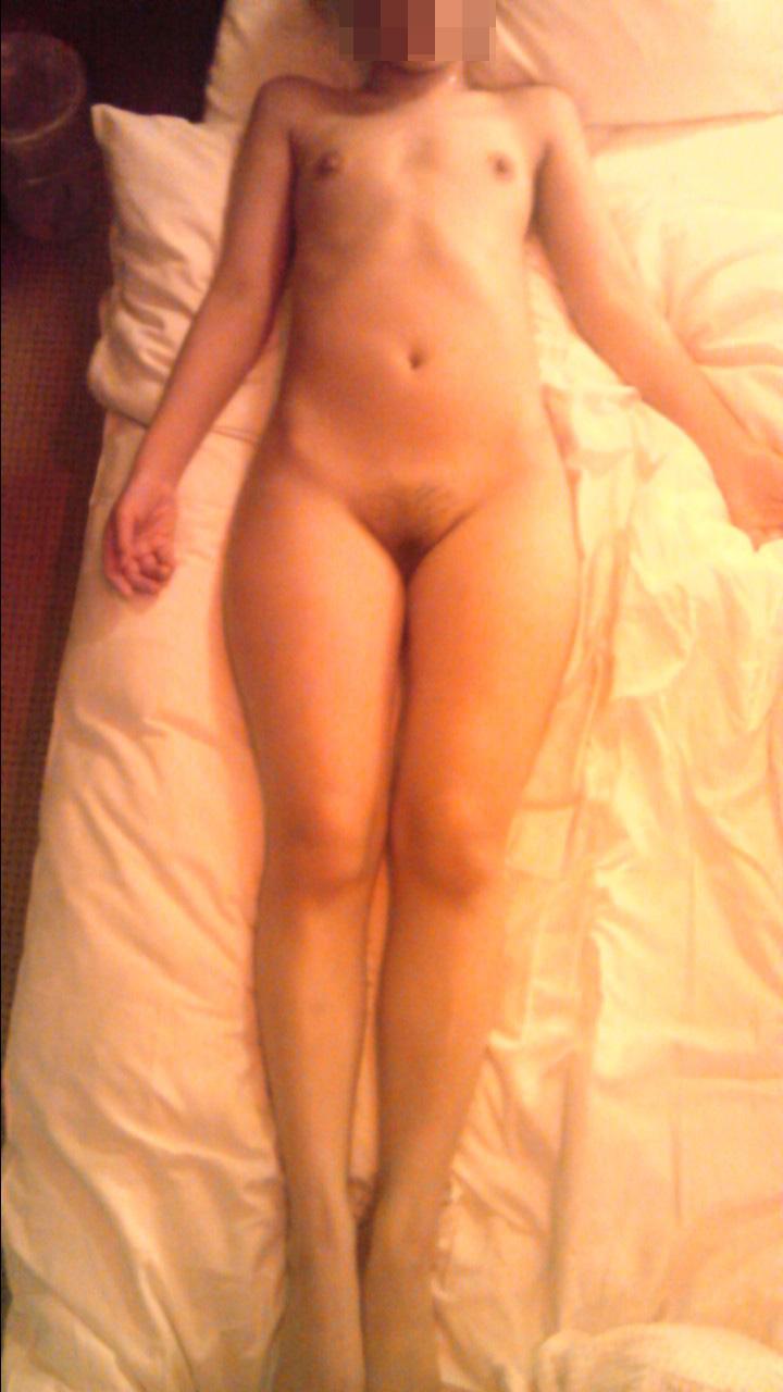 ラブホで撮られた全裸ヌードが抜ける素人リベンジポルノエロ画像22枚・16枚目の画像