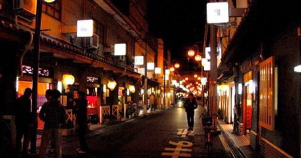 飛田新地とかいう日本最大級の売春街がカオスwwwwwww整形美女多数だぞwwwwwwwww(画像あり)・18枚目の画像