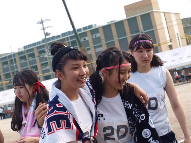 「JK 体育祭」で検索したらぐうシコ自画撮りが大量に見つかる!wwwSNOWとかいうアプリ使いすぎwww(画像あり)・21枚目の画像