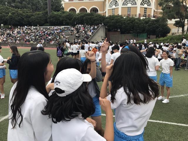 「JK 体育祭」で検索したらぐうシコ自画撮りが大量に見つかる!wwwSNOWとかいうアプリ使いすぎwww(画像あり)・25枚目の画像