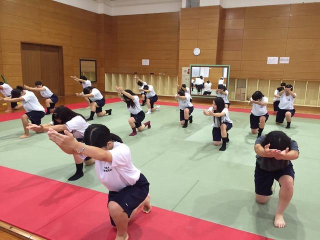 「JK 体育祭」で検索したらぐうシコ自画撮りが大量に見つかる!wwwSNOWとかいうアプリ使いすぎwww(画像あり)・30枚目の画像