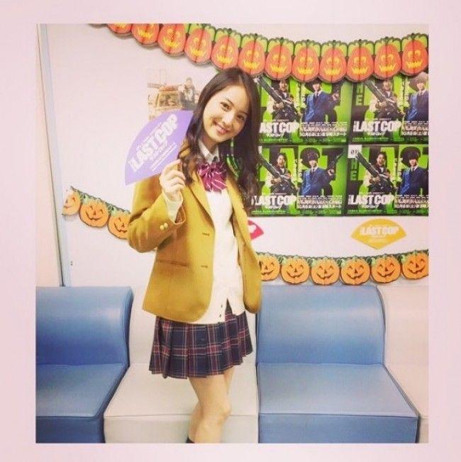 佐々木希(28)ミニスカ10代小娘セイフクコスが似合いすぎててチンピク不可避wwwwこのモデルはどこまでもえろいwwww(えろ写真)